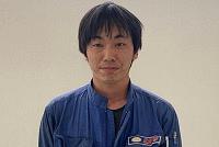 加藤自動車販売の整備スタッフ1