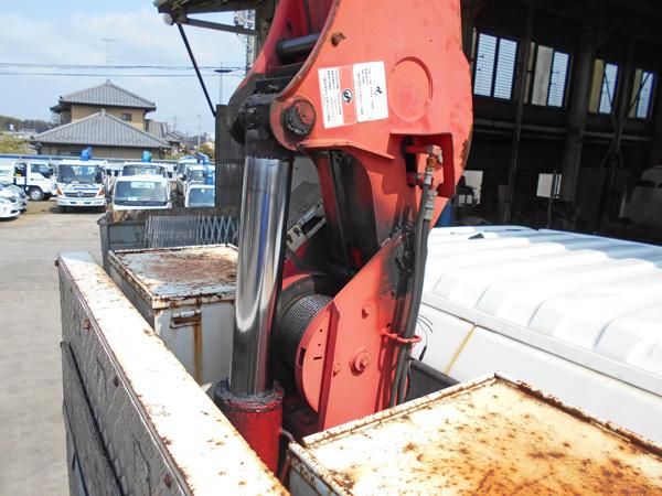 油圧シリンダー分解修理:茨城県坂東市の加藤自動車販売