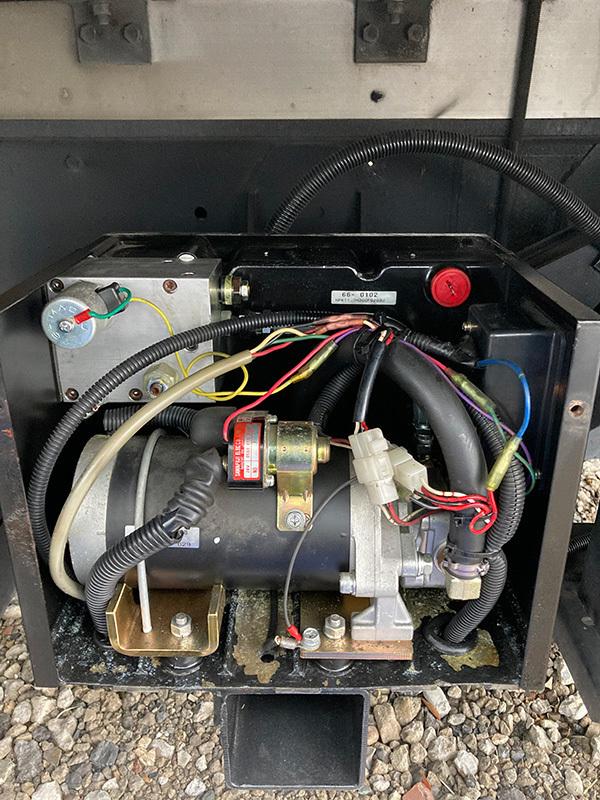 油圧装置(電気系統)の修理:茨城県坂東市加藤自動車販売