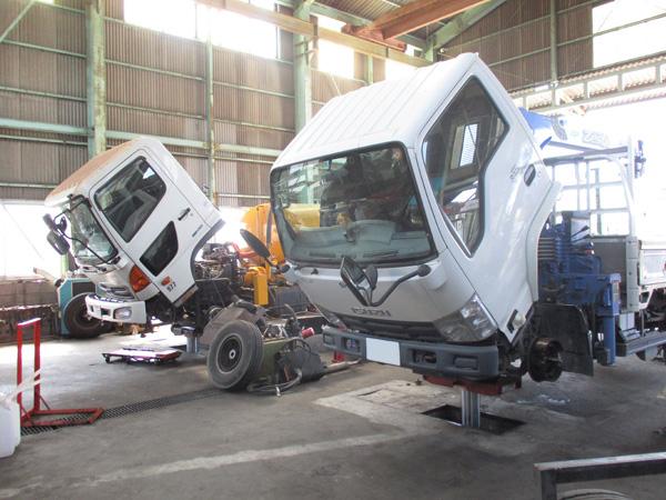 工場内設備2:茨城県坂東市加藤自動車販売